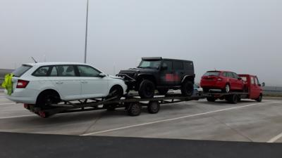 A túlterhelt tehergépkocsi - (Fotó: Police.hu)