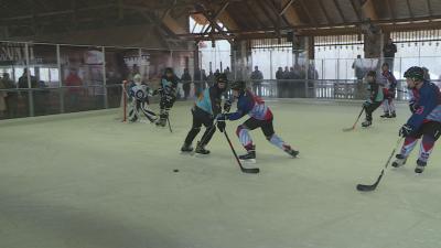 A Csabai Farkasok az első mérkőzésüket a Marosi Pengékkel játszották – (Fotó: behir.hu)