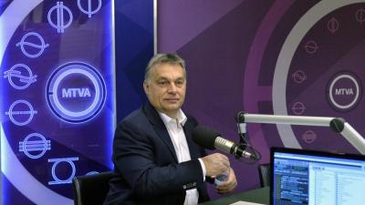 Orbán Viktor a Kossuth Rádió 180 percében. Archív fotó: hirado.hu