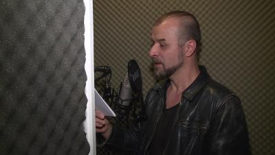 Hangoskönyvek elkészítését kezdeményezte Csomós Lajos színművész. Fotó: Máthé Csongor / behir.hu