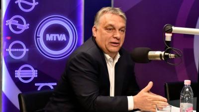 Orbán Viktor miniszterelnök a Kossuth Rádió stúdiójában (Fotó: MTI/ Kovács Tamás)