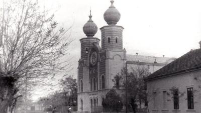 Neológ zsinagóga (forrás:bekeswiki.bmk.hu)