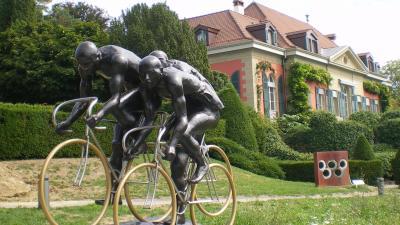 Az eredeti szobor Svájcban - (Fotó: László Mária/Köztérkép.hu)