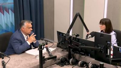 Orbán Viktor a Kossuth Rádió stúdiójában. Forrás: Facebook/Orbán Viktor