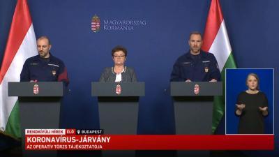 Az operatív törzs sajtótájékoztatója 2020.05.27.-én. Forrás: kormany.hu