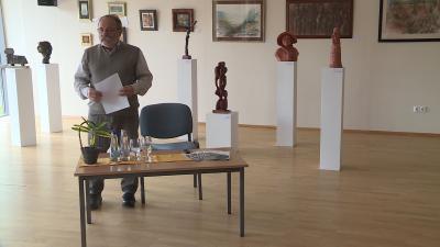 Szente Béla csütörtökön sajtótájékoztatón jelentette be a Csabagyöngye Kulturális Központ újranyitását Fotó: Máthé Csongor