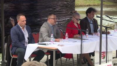 Békéscsabai Irodalmi Estek 2020.06.24.-én. Fotó: 7.TV/Bucsai Ákos