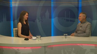 Tóth Bianka műsorvezető beszélgetett Opauszki Zoltán turisztikai tanácsnokkal a 7.TV Aktuális című műsorában. Forrás: 7.TV