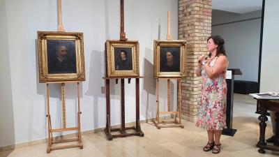Három portréval bővül a Munkácsy Mihály Múzeumban nyíló új tárlat. Fotó: behir.hu/Kovács Dénes