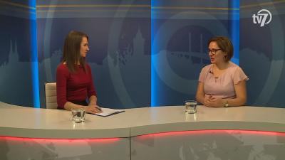 Tóth Bianka Nóra (b.) beszélgetett Pócsi Gabriellával (j.) a 7.TV Aktuális című műsorában. Fotó: 7.TV