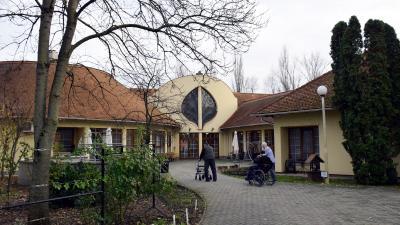 Életfa Idősek Otthona (fotó: behir.hu)