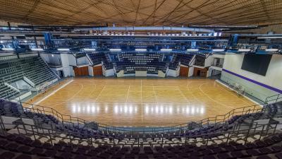 Elkészült a Békéscsabai Városi Sportcsarnok felújítása. Fotó: Kliment Pál / behir.hu