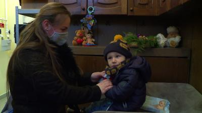 Etető- és babasarokkal bővült az Egyensúly AE Egyesület adományboltja. Fotó: 7.TV/Kovács Dénes