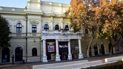 A Békéscsabai Jókai Színház épülete – (Fotó: Such Tamás)