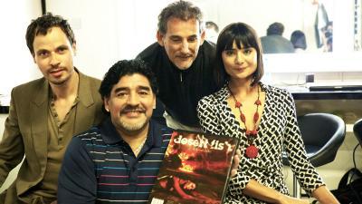Richweisz Péter (balról) stúdiójában járt Maradona – Fotó: Richweisz Péter archívumából