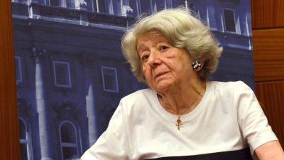 Bródy Vera. Fotó: Országos Széchenyi Könyvtár