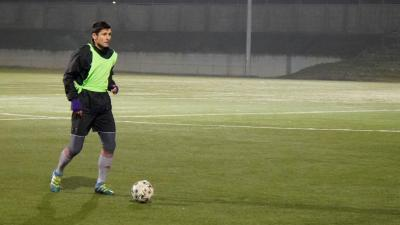 Balog Zsolt, az együttes legtapasztaltabb játékosa és a labda - (Fotó: Hidvégi Dávid/behir.hu)
