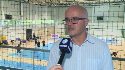 Kormos Mihály a BRSE TV stábjának nyilatkozik 2020. augusztus 28-án. Fotó: 7.TV
