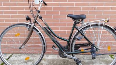 Ennek a lopott kerékpárnak a tulajdonosát keresi a rendőrség. Forrás: police.hu