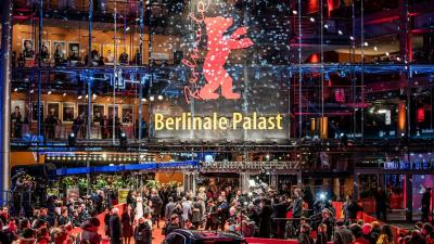 A tavalyi fesztivál vörös szőnyege. (Forrás:tagesspiegel.de)