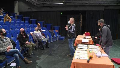 A Kaland a családerdőben c. darab olvasópróbája a Békéscsabai Jókai Színházban. Fotó: 7.TV/Kovács Dénes