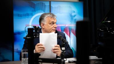 Orbán Viktor a Kossuth rádióban. Forrás: Orbán Viktor Facebook oldala