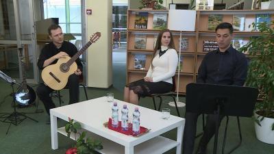 Magyar költészet napja: Lovas Gábor, Liszi Melinda, Nagy Róbert (fotó: behir.hu)