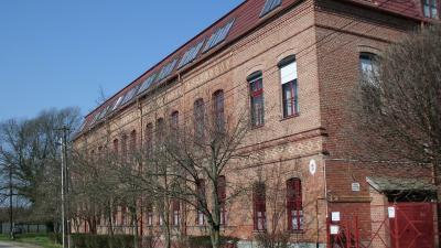 A Szent László utcai állami iskola épülete napjainkban, 84 éve itt is ínségkonyha működött a szegény sorsú gyerekeknek