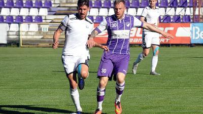 Lukács (jobbra) ezúttal csak meg nem adott gólig jutott (Korábbi fotó: Such Tamás)