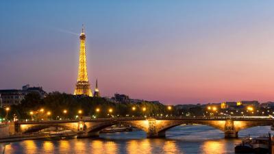 Franciaországban este 9 órától reggel 6-ig tart a kijárási tilalom (fotó: pixabay.com)