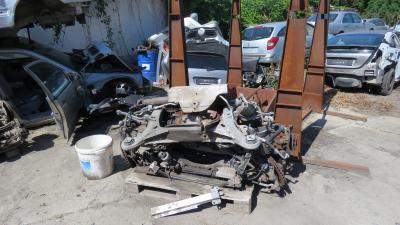 Illegális autóbontót számolt fel a rendőrség Eleken. Forrás: police.hu