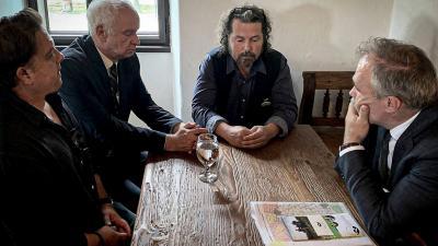 Balról jobbra: Duray Balázs, Herczeg Tamás, Ulbert Zoltán és Nagy István agrárminiszter (Fotó: FB/60 ezer fa Békéscsabán)