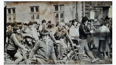 Gátszegi Szilvi, Ollári Zsolt (előtérben) és Szilágyi György – Forrás: Gátszegi Szilvia