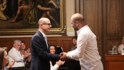 Dr. Varga Sándor (b) Mezőberény Város Díszpolgára címet kapott (fotó: Mezőberény Város Önkormányzata)