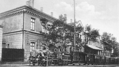 Az Alföld–Fiumei Vasút gőzmozdonyos vonata Csabán, 1890 körül