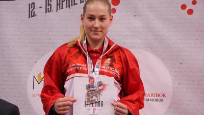 Mezei Nikolett egy korábbi versenyen. Fotó: Békés Megyei Harcművész Szövetség
